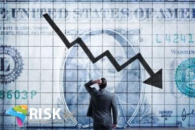 دلار چه زمانی سقوط می کند
