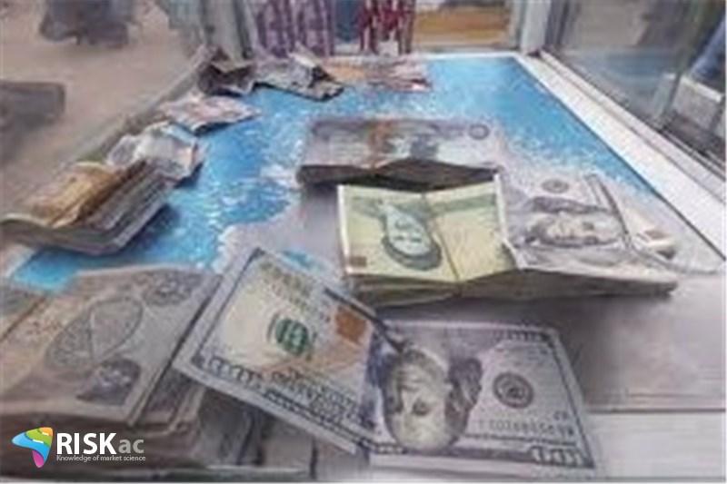 برای فعال اقتصادی میانگین سالانه دلار باید مهم باشد