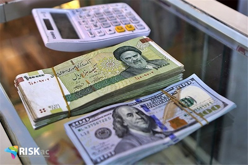 دلار، ریال، کالا کدامیک را داشته باشیم